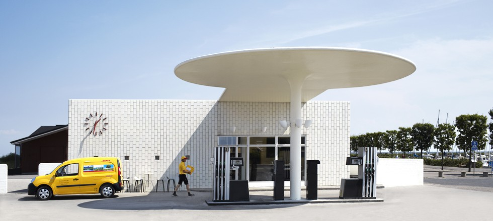 DHL Arne Jacobsen